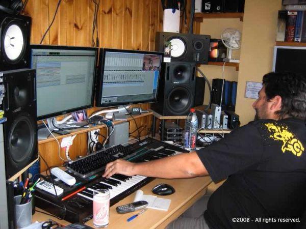 6.Studio